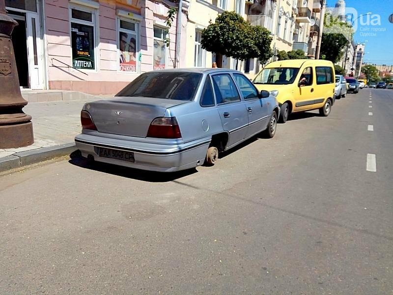 В центре Одессы гостя из столицы оставили без колес (ФОТО), фото-4