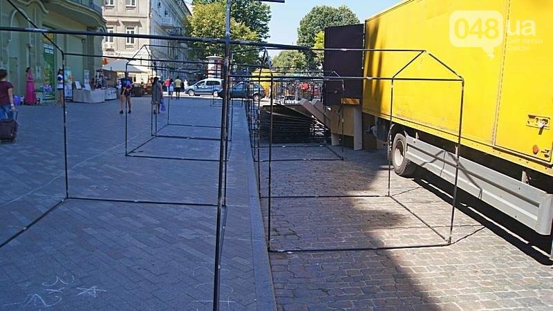 На Дерибасовской растет ярмарка: стало меньше места для прогулок (ФОТО), фото-2