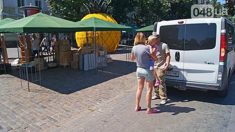 На Дерибасовской растет ярмарка: стало меньше места для прогулок (ФОТО), фото-9