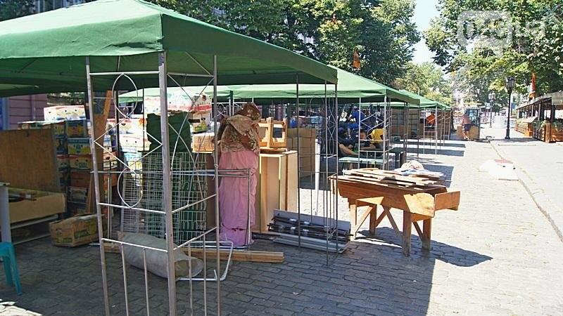 На Дерибасовской растет ярмарка: стало меньше места для прогулок (ФОТО), фото-12