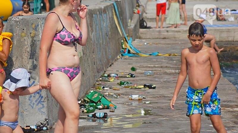 «Нерезиновые» одесские пляжи пока еще вмещают спасающихся от жары (ФОТО), фото-11