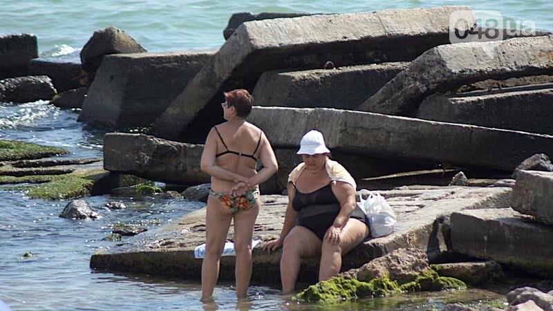 «Нерезиновые» одесские пляжи пока еще вмещают спасающихся от жары (ФОТО), фото-28
