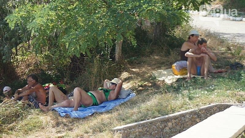 «Нерезиновые» одесские пляжи пока еще вмещают спасающихся от жары (ФОТО), фото-52