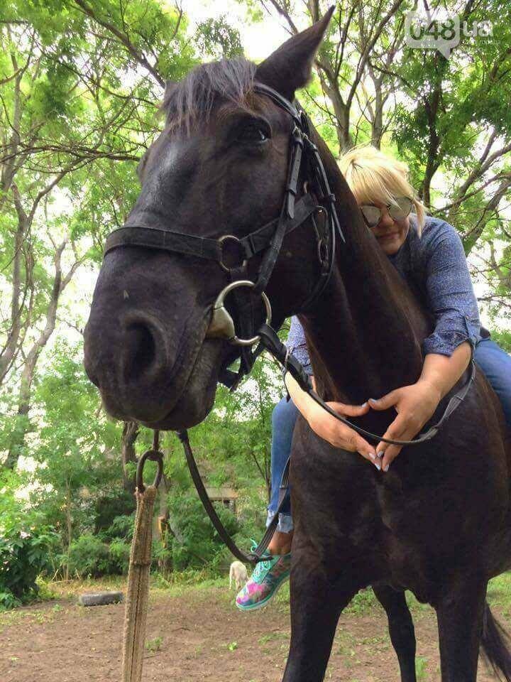 Коневод рассказала, как на самом деле мучают лошадей в центре Одессы (ФОТО), фото-4