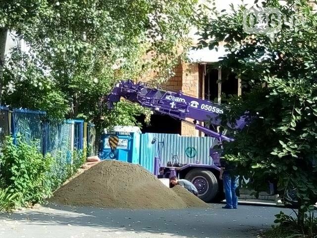 Застройщики Дома-стены в Одессе перекрыли входы в детсад (ФОТО), фото-1