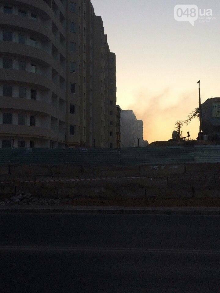 В Одессе снова горела злополучная стройка, фото-2