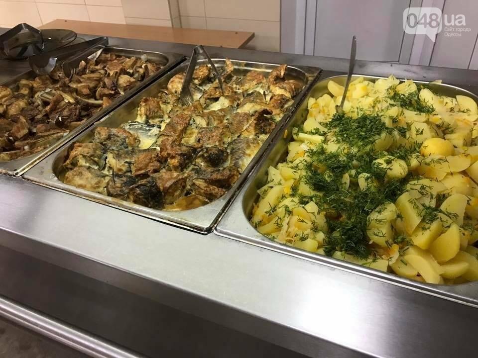 Как в ресторане: Одесских военных стали кормить по-нормальному (ФОТО), фото-3