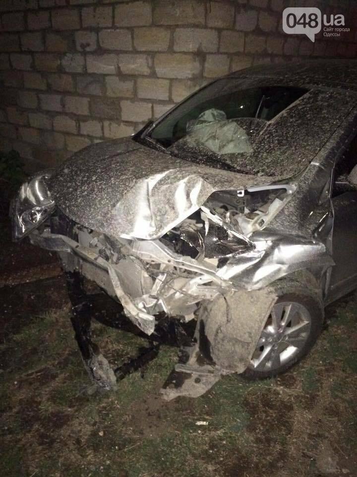 Появились фото аварии, в которой чуть не погиб одесский полисмен (ФОТО), фото-1