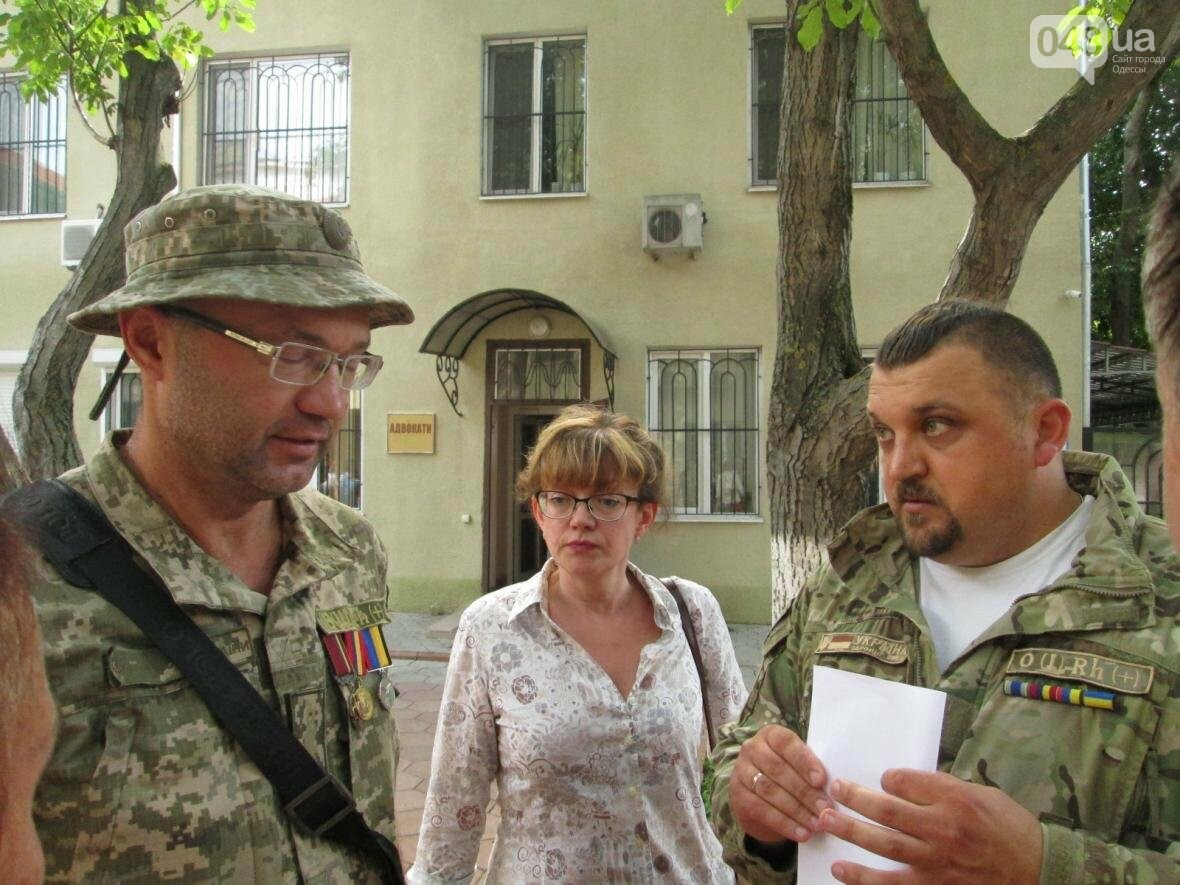 В Одессе не смогли посадить организатора Одесской Народной Республики (ФОТО, ВИДЕО), фото-3
