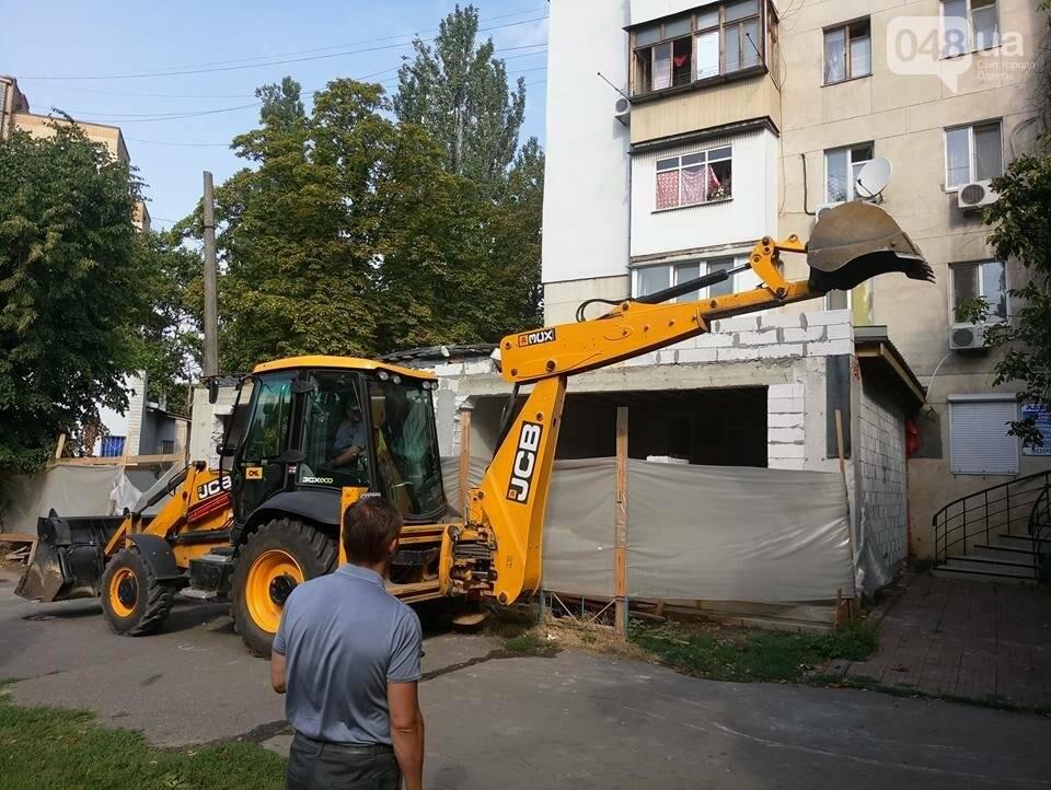 Скандал на одесских Черемушках: Горсовет снес нахалстрой (ФОТО), фото-5