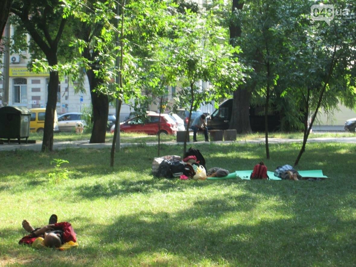 В центре Одессы коммунальщики отказываются убирать мусор (ФОТО), фото-5