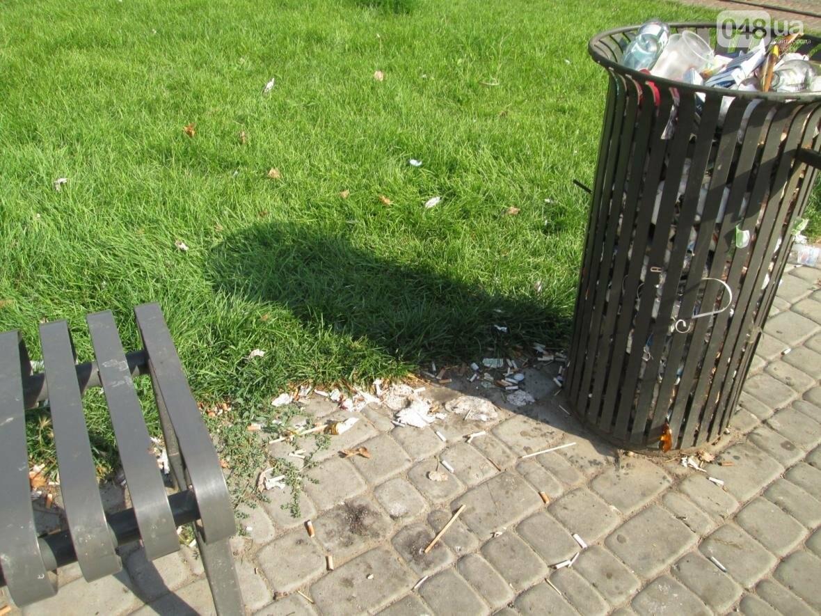 В центре Одессы коммунальщики отказываются убирать мусор (ФОТО), фото-33