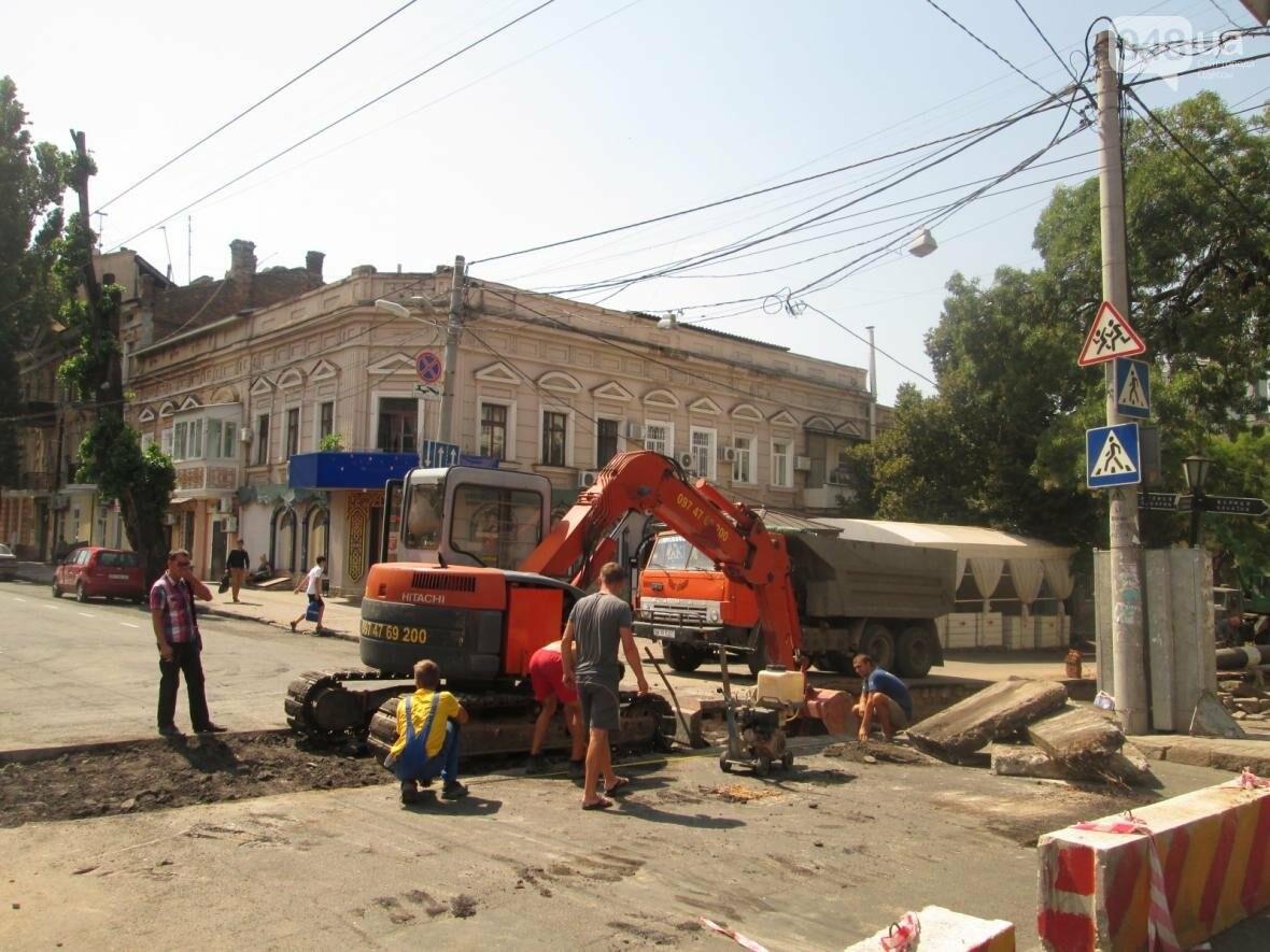 Хаос и анархия на дорогах: В Одессе меняют теплосети (ФОТО, ВИДЕО), фото-7