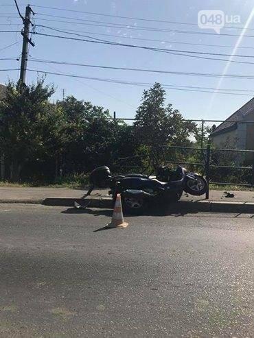 Под Одессой легковушка сбила мотоцикл (ФОТО), фото-2