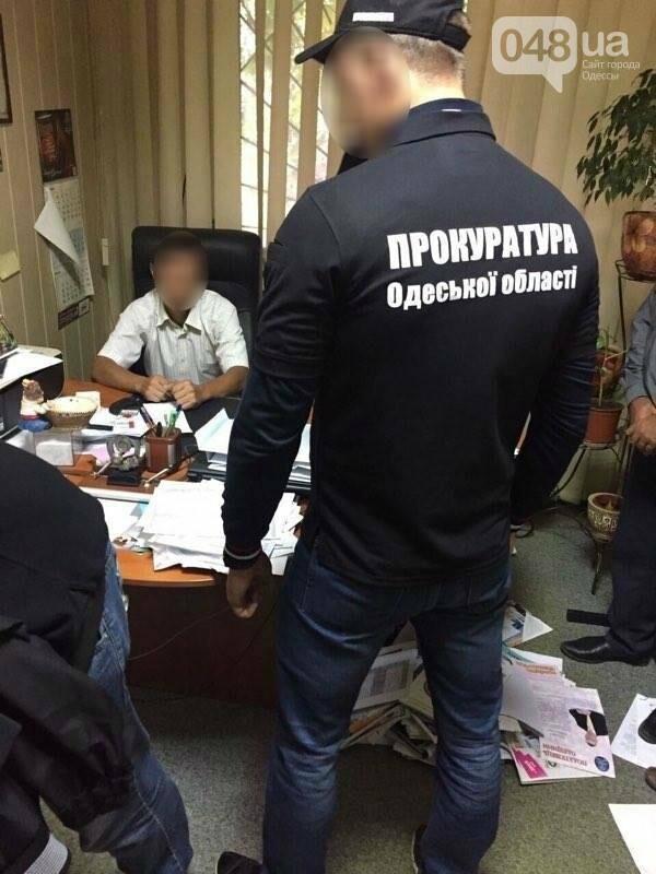 В Одесской области на взятке задержали высокопоставленного налоговика, фото-1