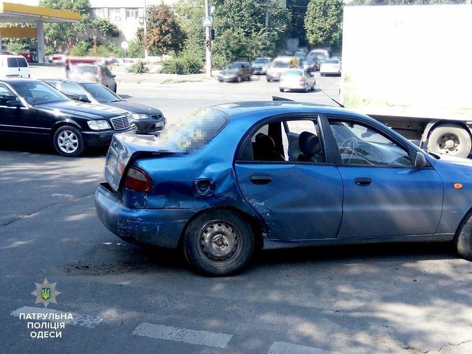 В одесской аварии серьезно пострадали две женщины (ФОТО), фото-1