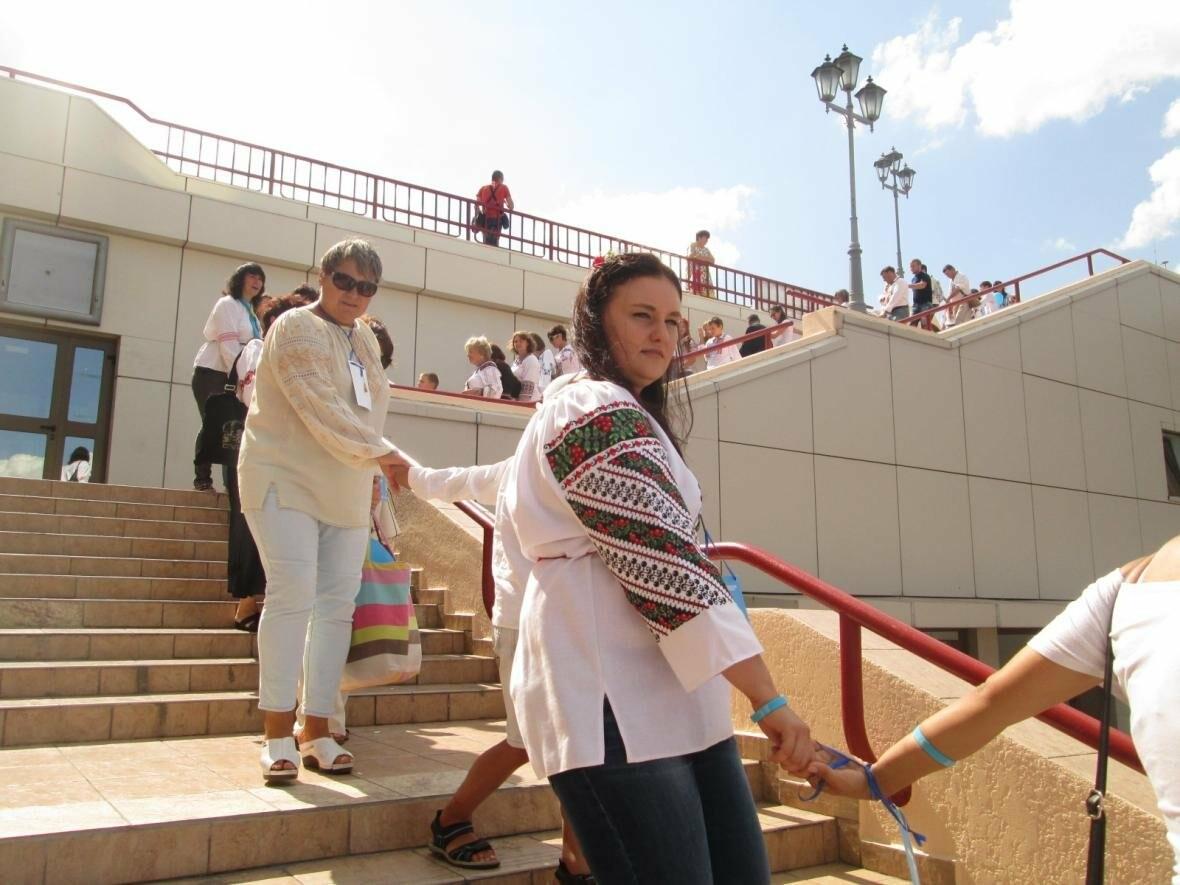 Дюк в вышиванке и неудачный рекорд: одесситов объединила любовь к Украине (ФОТО, ВИДЕО), фото-42