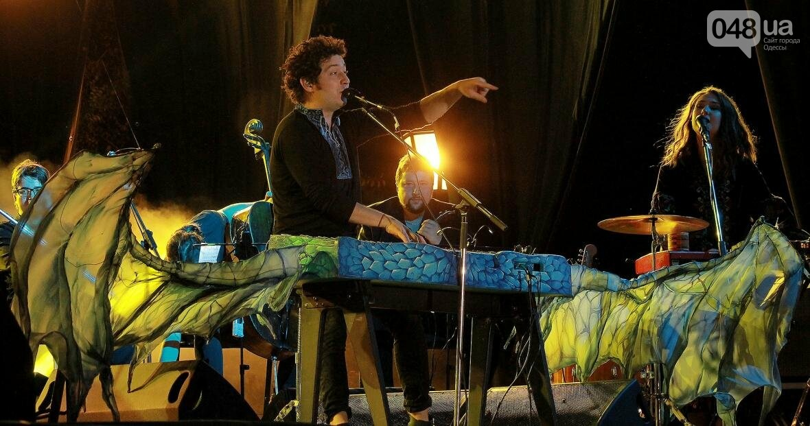 Концерт, салют и лазер-шоу: как одесситы гуляли на Дне Независимости с «Pianoбой» и «Другой Рікой» (ФОТО), фото-6