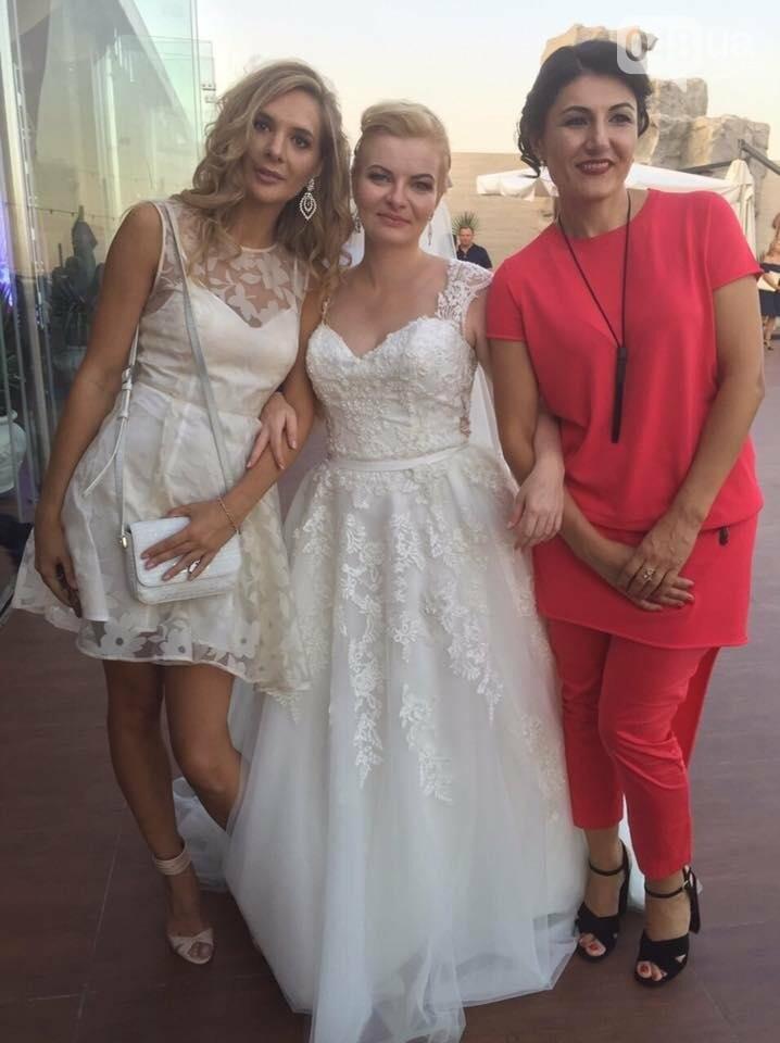 Скромные волонтер и радикал сыграли свадьбу в пафосном ресторане Одессы (ФОТО), фото-2
