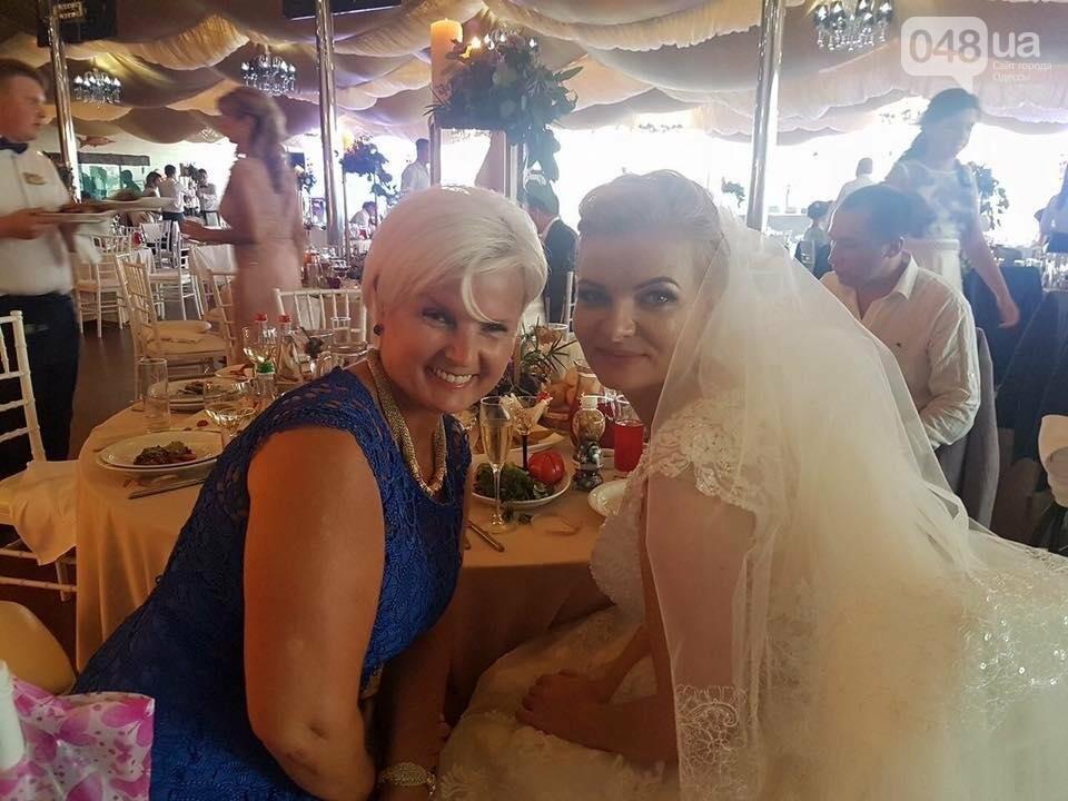 Скромные волонтер и радикал сыграли свадьбу в пафосном ресторане Одессы (ФОТО), фото-5