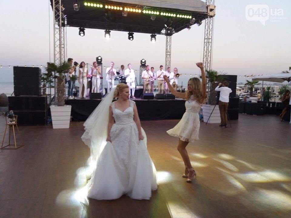 Скромные волонтер и радикал сыграли свадьбу в пафосном ресторане Одессы (ФОТО), фото-10