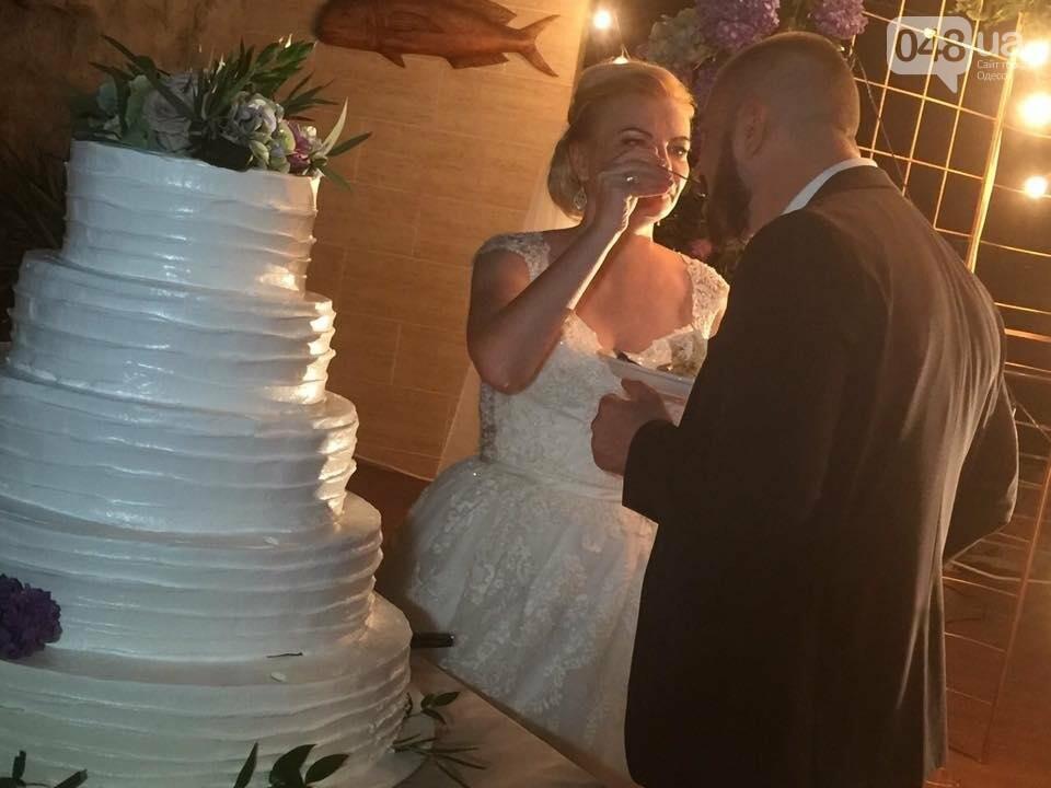 Скромные волонтер и радикал сыграли свадьбу в пафосном ресторане Одессы (ФОТО), фото-15