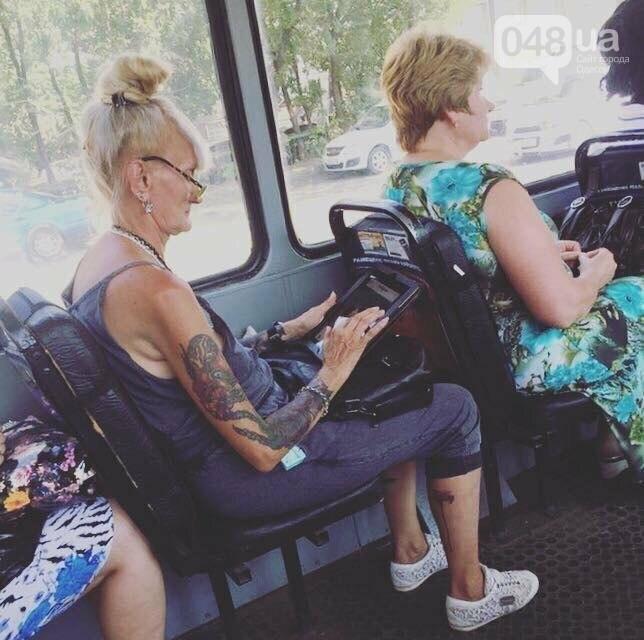 Тренды соцсетей: мажор в одесском трамвае и crazy бабушка (ФОТО), фото-4