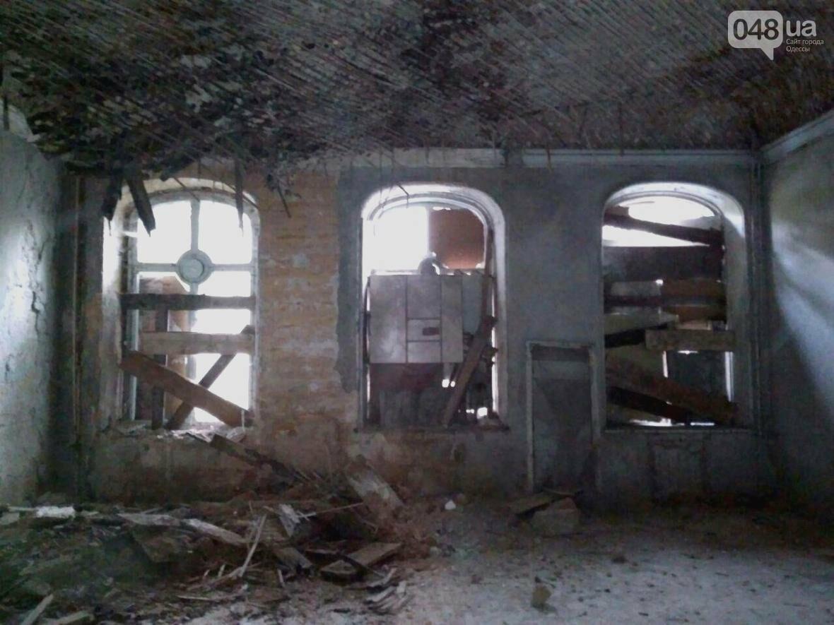 Поймать привидение или провалиться в подземелье: Одесский Дом Гоголя изнутри (ФОТО), фото-9