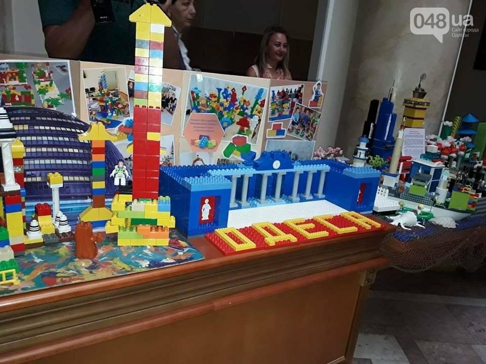 """В Одессе из """"Лего"""" построили мэрию (ФОТО), фото-1"""