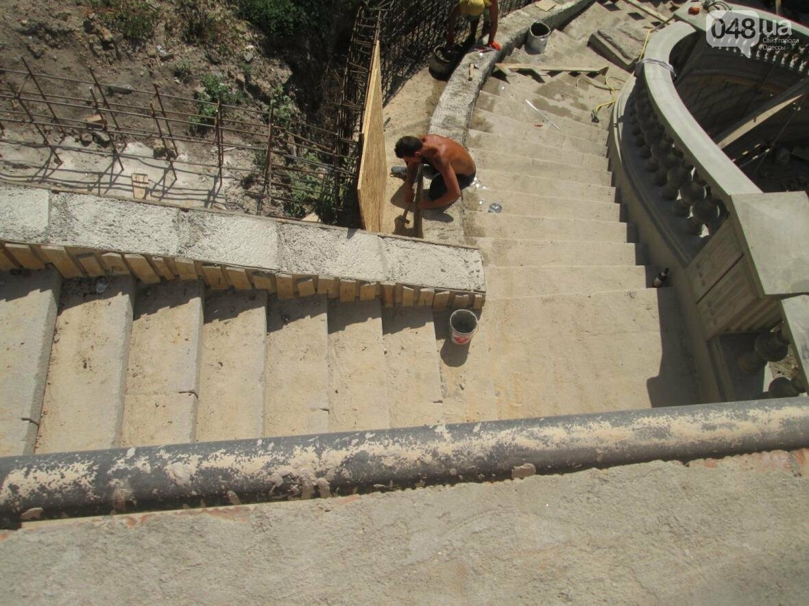 Новая ограда и свежая ржавчина: Как ремонтируют легендарный одесский мост (ФОТО), фото-7