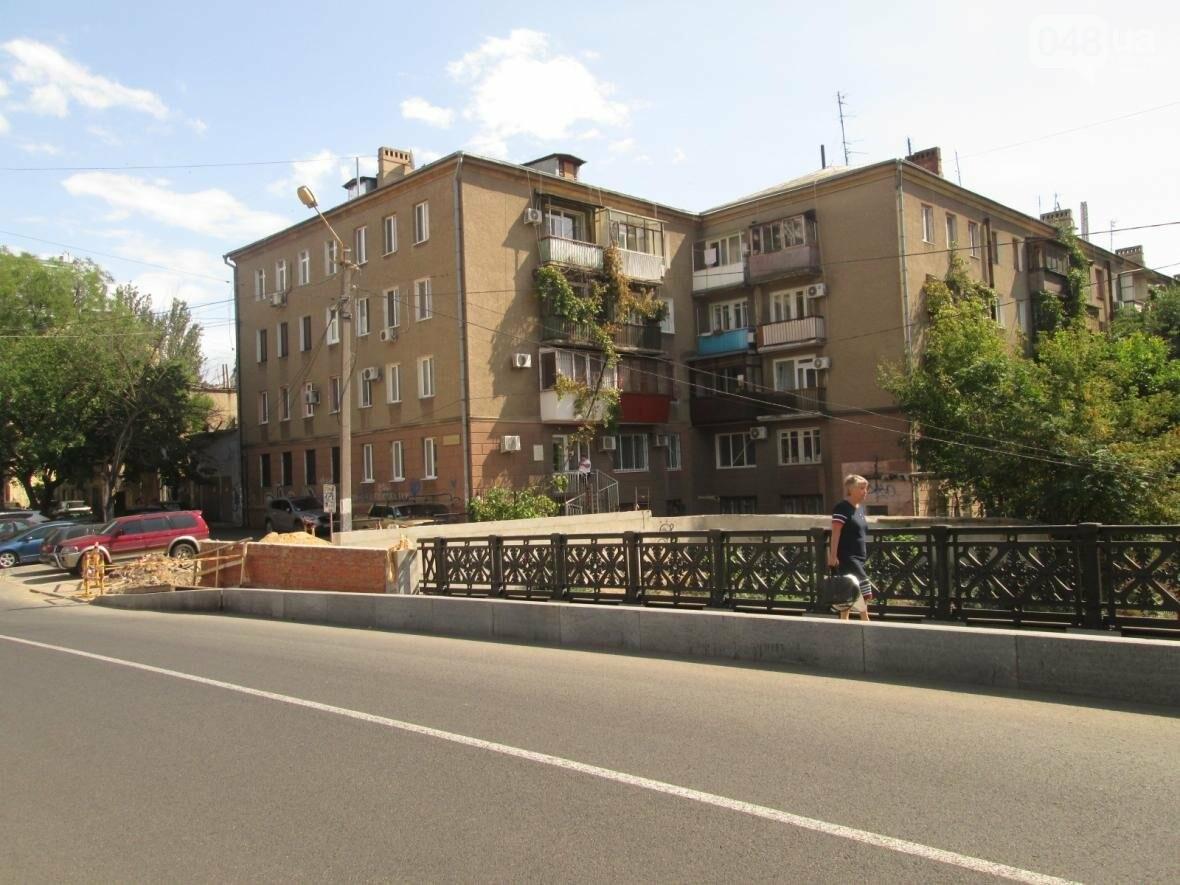 Новая ограда и свежая ржавчина: Как ремонтируют легендарный одесский мост (ФОТО), фото-12