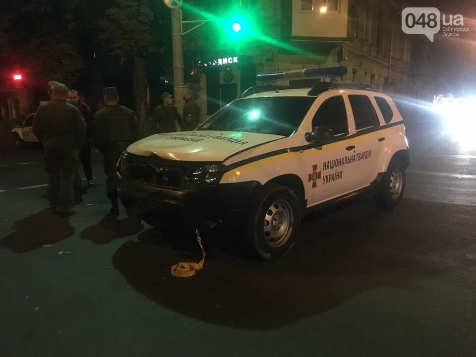 В Одессе бойцы Нацгвардии спровоцировали ДТП (ФОТО), фото-4