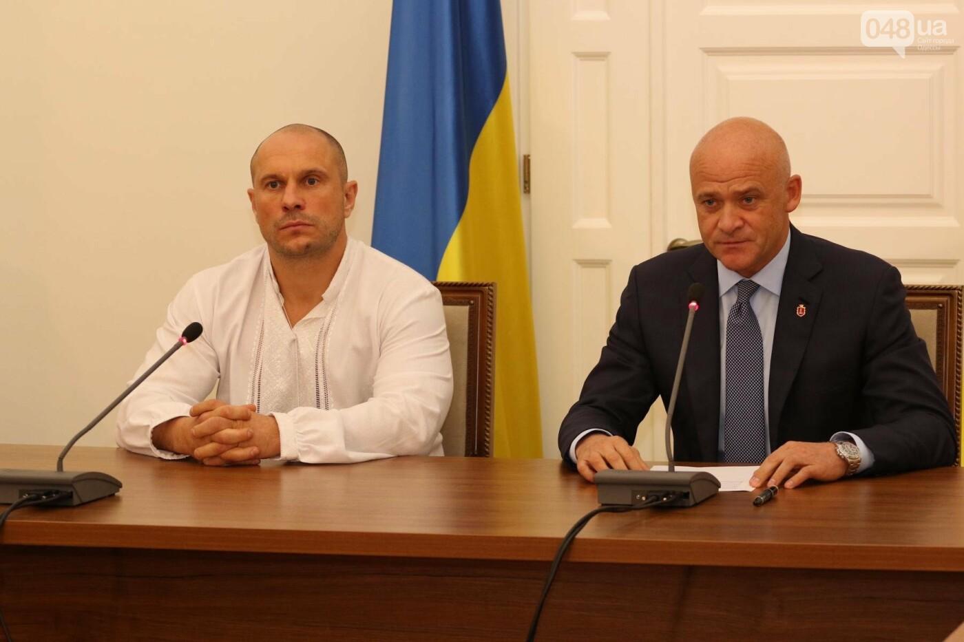 Переобулись в воздухе: ТОП самых противоречивых политиков Одессы (ФОТО), фото-1