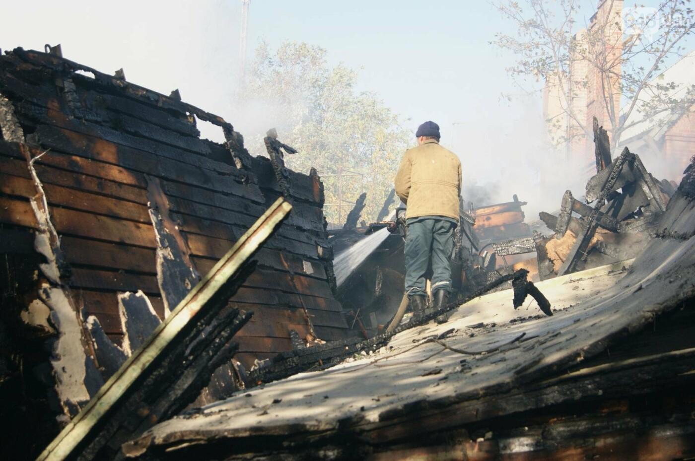 Одесский санаторий продолжает гореть до сих пор (ФОТО, ВИДЕО), фото-19