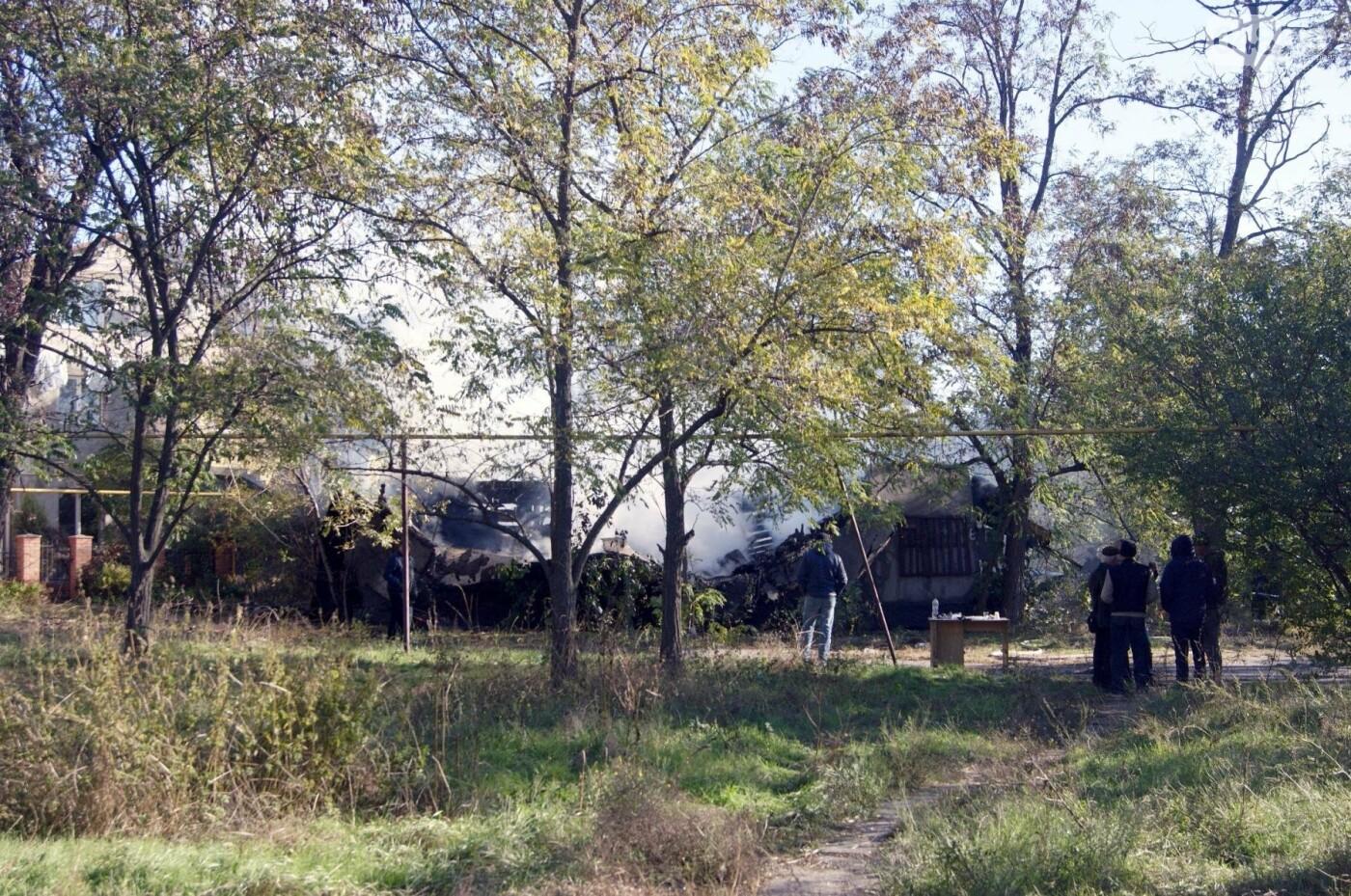 Одесский санаторий продолжает гореть до сих пор (ФОТО, ВИДЕО), фото-6