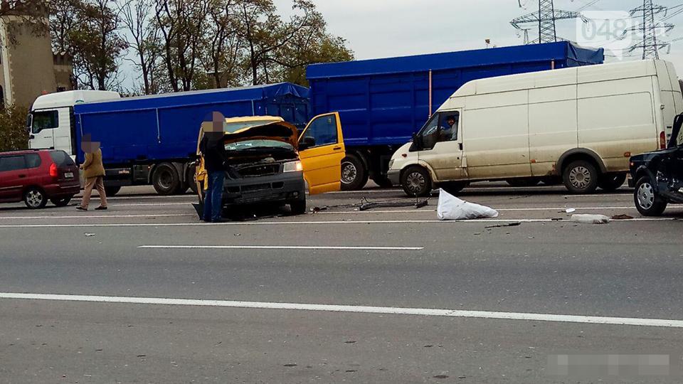 В Одессе в ДТП погиб водитель легковушки (ФОТО), фото-3