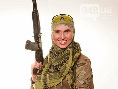 Амина Окуева: одесситка, чеченка, хирург, снайпер (ФОТО), фото-1