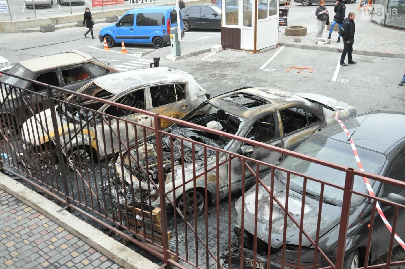 """Последствия большого пожара на """"Радужном"""" в Одессе сегодня утром (ФОТО), фото-2"""