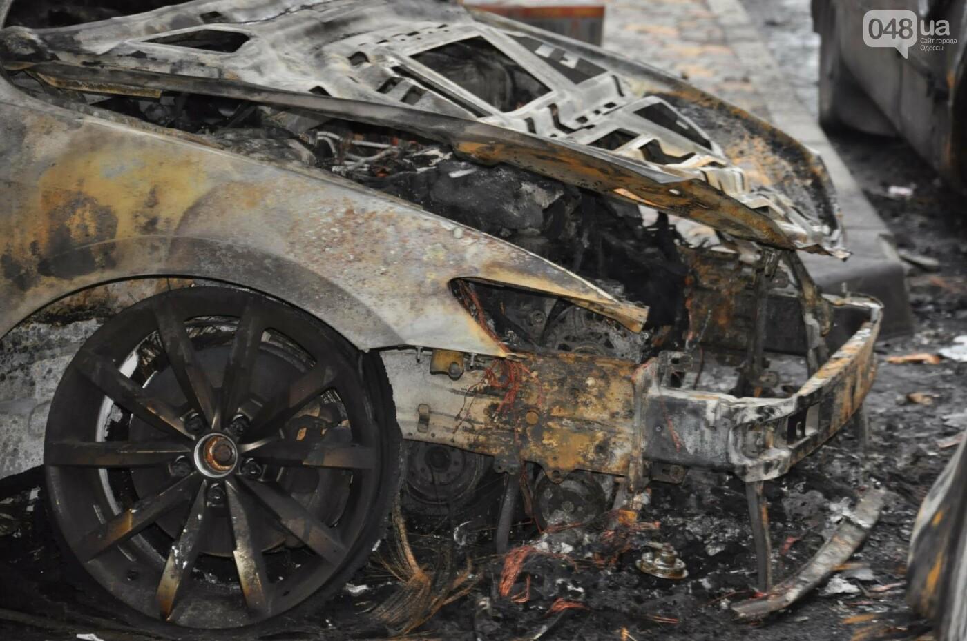 """Последствия большого пожара на """"Радужном"""" в Одессе сегодня утром (ФОТО), фото-9"""
