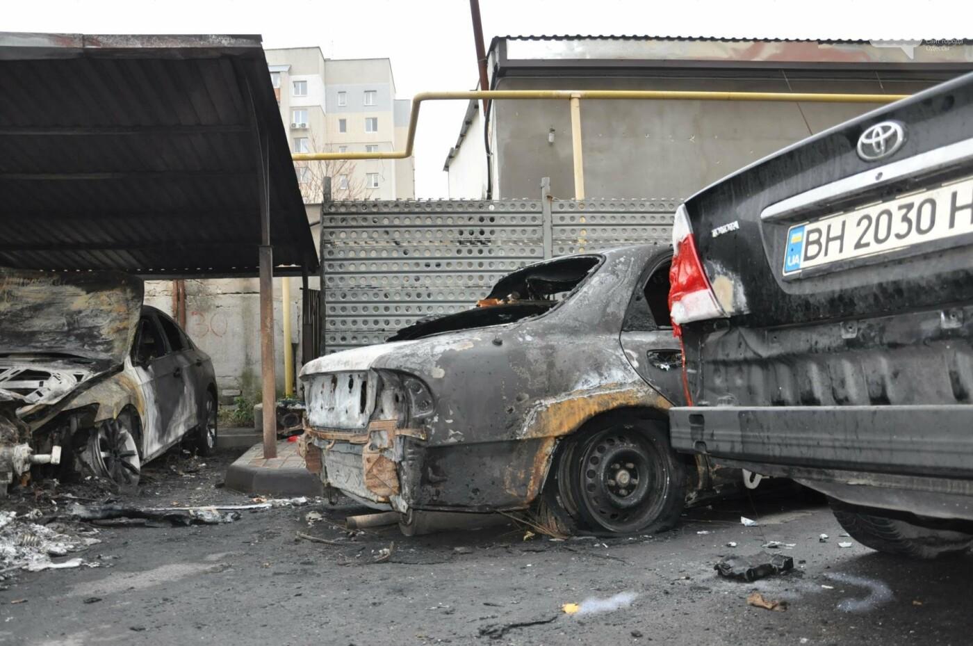 """Последствия большого пожара на """"Радужном"""" в Одессе сегодня утром (ФОТО), фото-12"""