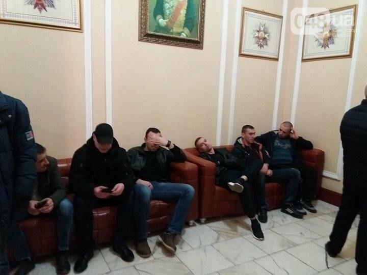 """В Одессе сессию горсовета проводят для """"титушек"""" и пенсионеров (ФОТО), фото-4"""