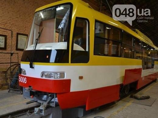 В Одессе выпустили новый низкопольный трамвай (ФОТО), фото-1