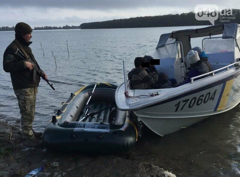 Житель Одесской области пытался переправить по Дунаю трех пакистанцев в Румынию (ФОТО), фото-1