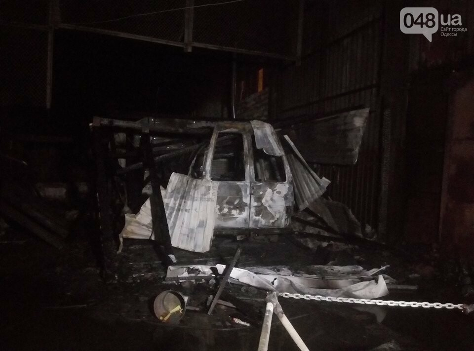 В Одессе на пожаре в автосервисе погиб слесарь (ФОТО), фото-1