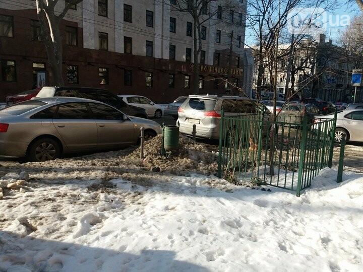 Центр Одессы: грязь, лёд, угрожающие прохожим сосульки (ФОТО, ВИДЕО), фото-6