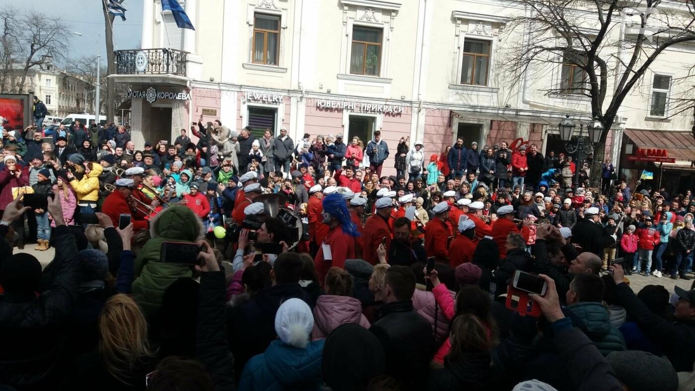 Юморина в разгаре: По Дерибасовской прошел парад-карнавал (ФОТО, ВИДЕО), фото-10