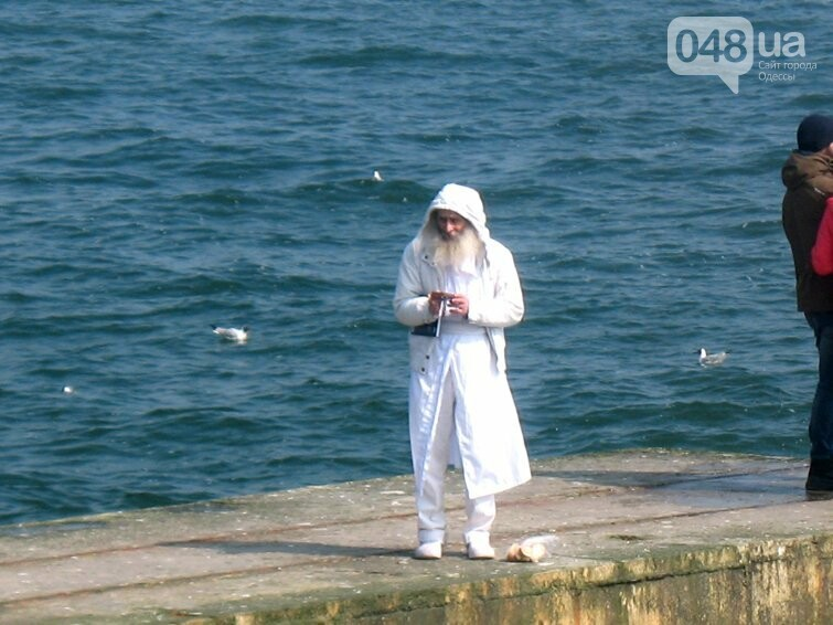 На одесском пляже появился Хоттабыч (ФОТО), фото-1