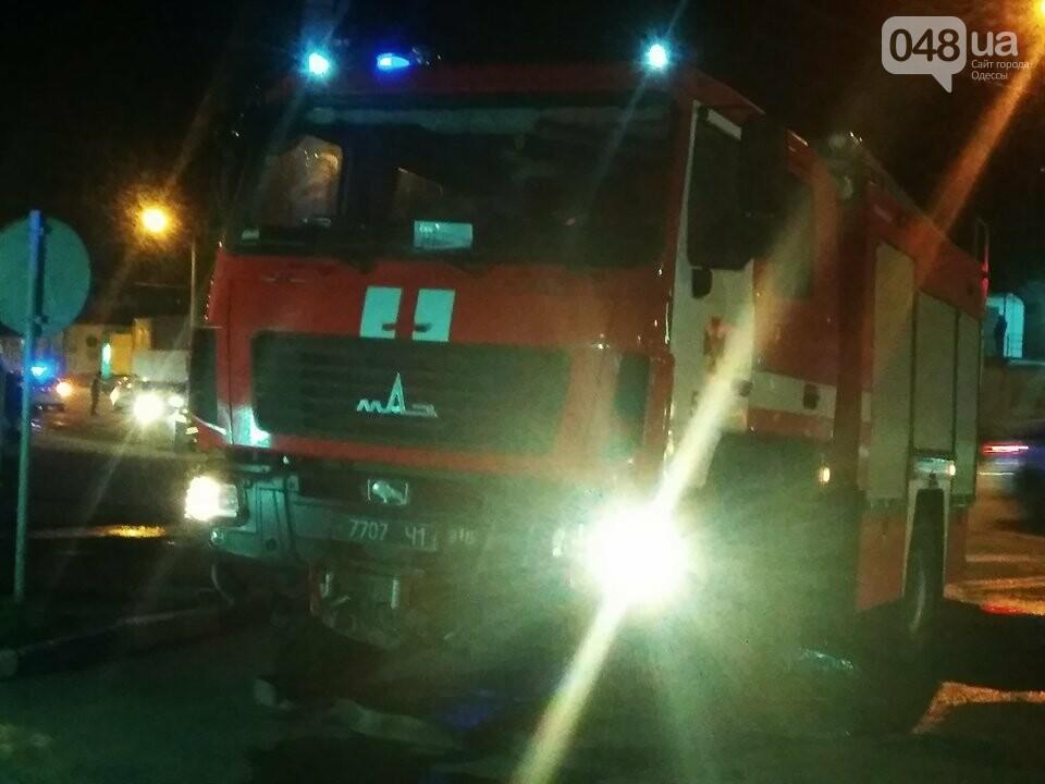 Из-за пожара на Николаевской дороге полиция сузила дорогу с одесского поселка Котовского в центр (ФОТО, ВИДЕО), фото-4