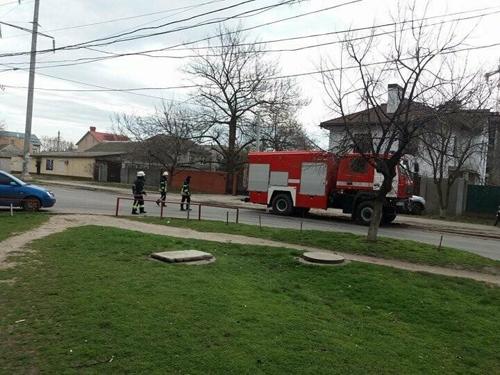 В Одессе горел балкон девятиэтажного дома (ФОТО, ВИДЕО), фото-1