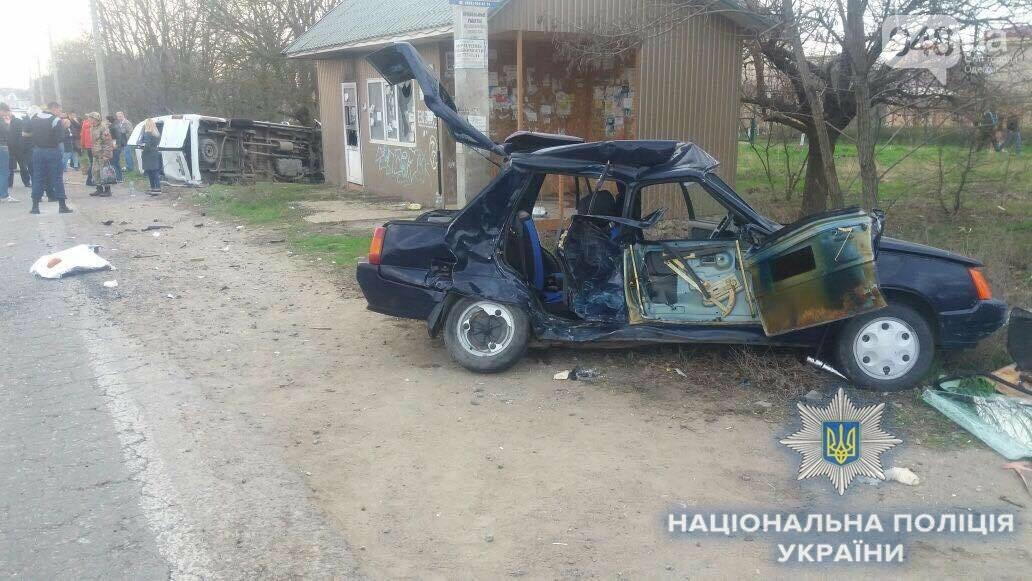 В резонансной аварии с одесской маршруткой тяжело пострадали трое детей (ФОТО, ВИДЕО), фото-3